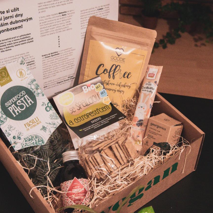 Pojďte si užít první jarní dny s naším dubnovým Veganboxem!